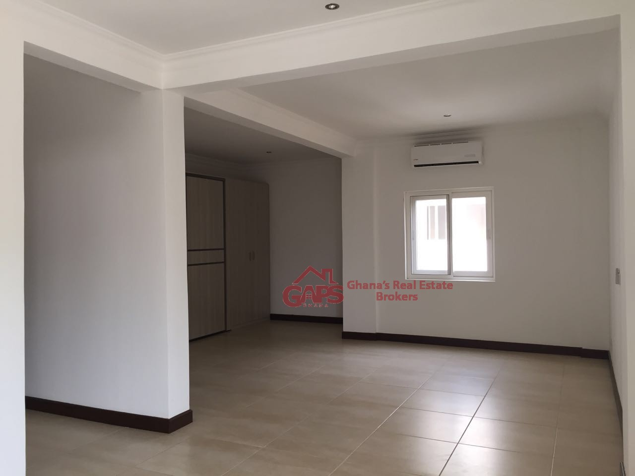4 bedroom townhouse for rent at cantonments gaps ghana