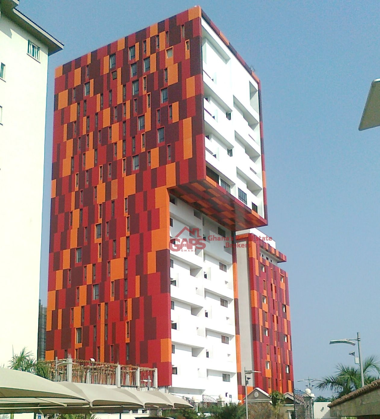 3 BEDROOM APARTMENTS FOR RENT AT AIRPORT WEST